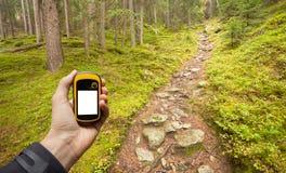 Conclusion de la bonne position dans la forêt par l'intermédiaire des généralistes Photographie stock libre de droits
