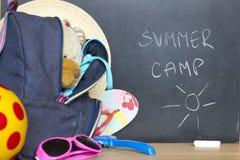 Conclusione del concetto del campo di vacanza estiva della scuola Immagini Stock