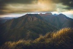 Conclusione del pomeriggio in mantiqueira Brasile della montagna fotografie stock libere da diritti