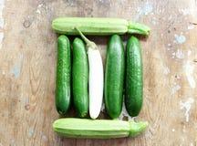 Concombre avec l'aubergine et la courgette blanches Images libres de droits