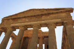 Concordia希腊寺庙在阿哥里根托-西西里岛,意大利 图库摄影