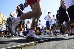Concorrentes corridos durante a raça de maratona Imagens de Stock