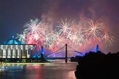 Concorrenza 2013 dei fuochi d'artificio di Putrajaya Fotografia Stock