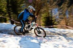 Concorrenza della bici di montagna Fotografie Stock