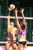 Concorrenza nella spiaggia 1 di griglia Fotografia Stock