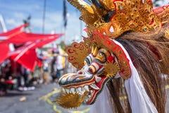 Concorrenza tradizionale dell'aquilone alla spiaggia di Sanur in Bali Fotografia Stock Libera da Diritti