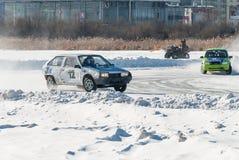 Concorsi del ghiaccio di sport sulle automobili Fotografia Stock Libera da Diritti