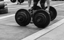 Concorsi di Powerlifting nella via fotografia stock libera da diritti