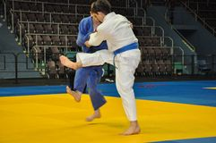 Concorsi su judo fra i junior 23.03.2013 Fotografia Stock Libera da Diritti