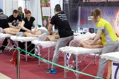 Concorso di addestramento degli specialisti nel massaggio salute-migliorante Immagine Stock Libera da Diritti