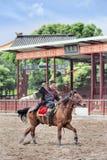 Concours hippique antique de style aux studios du monde de Hengdian, Chine Image libre de droits