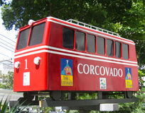 Concovado spårvagnbil i Rio de Janeiro, Brasilien Fotografering för Bildbyråer