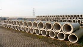 Concrete drainagepijpen Stock Afbeeldingen