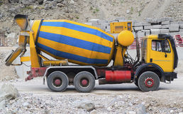 Free Concrete Mixer Truck On Construction Site Stock Images - 72870564
