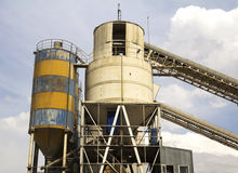 Concrete mixing tower Royalty Free Stock Photos
