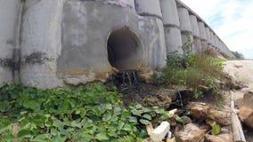 Concrete pijpen voor drainage stock video