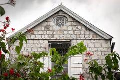 Concreto/paredes de tijolo exteriores da casa do século XVIII imagens de stock royalty free