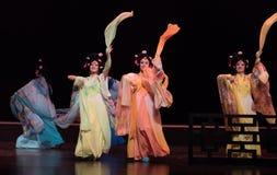 """Concubine dansen-verslag van Zuidelijke boeg-Jiangxi opera""""four dromen van linchuan† Stock Afbeeldingen"""