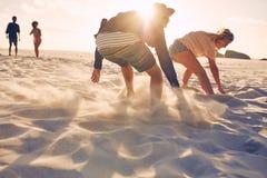 Concurrence courante sur la plage Images libres de droits