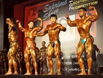 Concurrence indienne de bodybuilders dans Mumbai images stock