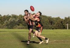 Concurrence suburbaine d'AFL photographie stock libre de droits