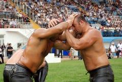 Concurrent de lutteurs dans le stade Images libres de droits