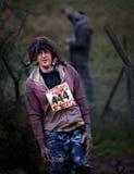 Concurrent 444 à la course 2014 d'obstacle de gars dur Image libre de droits