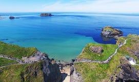 Condado Antrim Irlanda do Norte da ponte de corda de Carrick-a-Rede Imagem de Stock