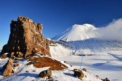 Condenación en la nieve, paisaje del soporte del invierno en el parque nacional de Tongariro imagen de archivo libre de regalías