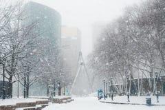 Condições do blizzard durante nem 'Páscoa em Nova Inglaterra EUA fotos de stock