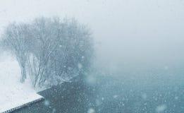 Condições do blizzard durante nem 'Páscoa em Nova Inglaterra EUA imagem de stock royalty free
