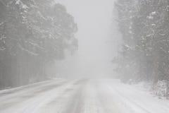 Condições de condução do Whiteout Foto de Stock