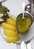 Condicendo per pescare foodlemon, formaggio, salsa Fotografia Stock Libera da Diritti