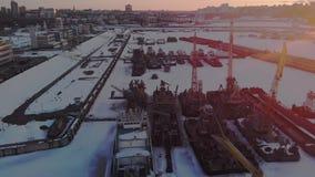 Condición de naves logísticas, tiroteo aéreo del invierno metrajes