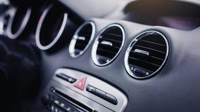 condición del aire en coche moderno foto de archivo libre de regalías