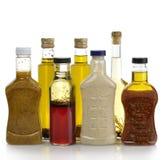 Condimenti dell'insalata ed olio di oliva Fotografia Stock
