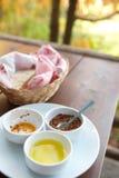 condiments покрывают белизну Стоковое Фото