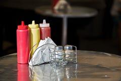 Condiments et serviettes Russie Photographie stock