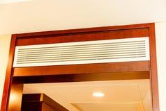 Condition d'air dans la chambre d'hôtel photo stock
