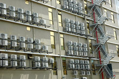 Condizionatore d'aria su una costruzione Fotografie Stock Libere da Diritti