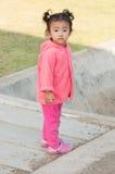 Condizione del bambino della ragazza Fotografie Stock