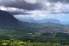 condizione della sosta di pali di nuuanu o dell'Hawai di ahu Immagini Stock Libere da Diritti
