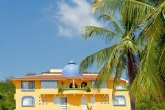 Condomínio tropical México imagens de stock royalty free