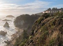Condomínios acima do oceano Fotografia de Stock