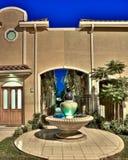 Condomínios arquitectónicos modernos Fotos de Stock Royalty Free