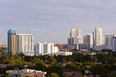 Condomínios de Miami e edifícios de apartamento Imagem de Stock Royalty Free
