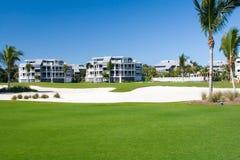 Condomínios do campo de golfe Foto de Stock