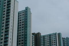 Condomini di palazzo multipiano fotografie stock