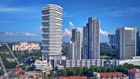 Condomini ed hotel a Singapore immagine stock