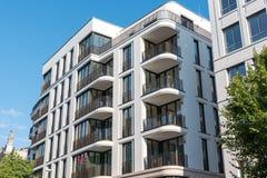 Condominio del centro moderno a Berlino Immagine Stock